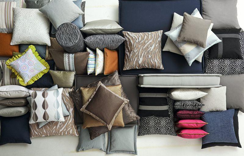 schner wohnen kissen latest ecksofa leder rot mit die stuhlbeine aus edelstahl fr schner wohnen. Black Bedroom Furniture Sets. Home Design Ideas